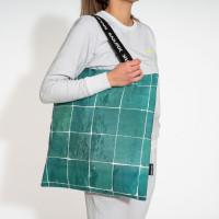 Tiles Emerald Green Tas Medium